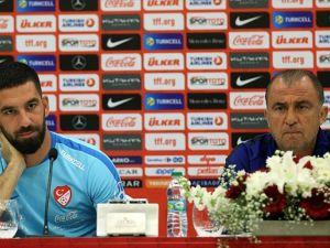 Türkiye Futbol Direktörü Terim: A Milli Takım herkese açık