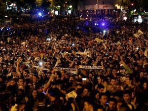 Real Madrid dinlenmeden kutlamalara başladı