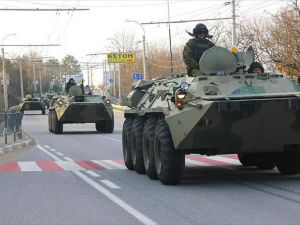 Rusya Kırım'a askeri yığınak yapmaya devam ediyor