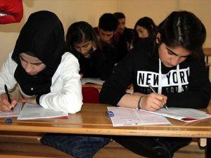 MEB'den öğrencilere 'tatilde takviye' fırsatı