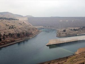 Atatürk Barajı çiftçiye 'can suyu' oldu