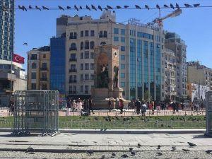 Taksim'de güvenlik önlemleri