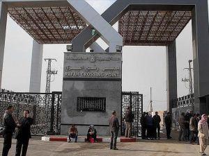 Refah Sınır Kapısı 'geçici' olarak açıldı