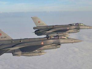 Metina'ya hava harekatında 7 hedef imha edildi