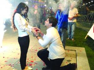 Sami Abacı'dan Peri'ye Sürpriz Evlenme Teklifi