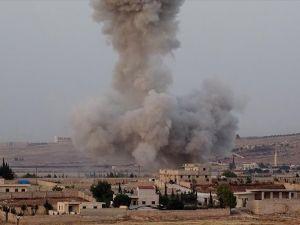 Esed rejimi ve Rusya Halep'te sivilleri bombaladı