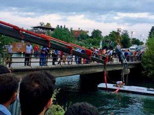 Osmaniye'de midibüs sulama kanalına devrildi: 7 ölü, 10 yaralı