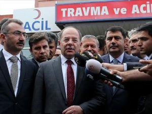 Sağlık Bakanı Akdağ terör saldırısında yaralananları ziyaret etti