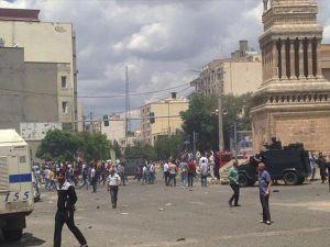 Midyat Emniyet Müdürlüğüne bombalı araçla terör saldırısı