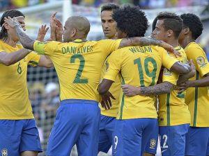 Brezilya Copa America'da farklı kazandı