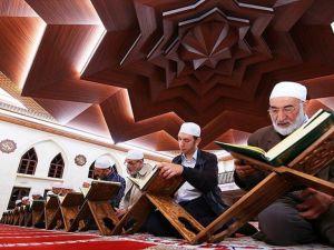 'Ramazan psikolojiyi de olumlu etkiliyor'