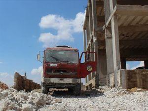 Rus uçakları Halep'te sivil savunma merkezini vurdu