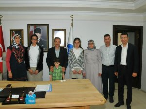 Başkan Akkaya başarılı öğrencileri ağırladı