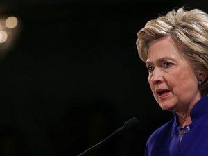 'Google Clinton aramalarını manipüle etti' iddiası