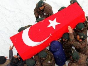 'Şemdinli'de iki asker şehit oldu'