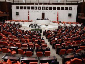 Meclis 'Maarif Vakfı Kanunu Tasarısı' için mesai yapacak