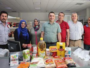 'Hayır marketi' ramazanda Sakaryalıların hizmetinde