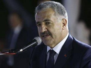 """""""Türkiyeyi hızlı demir ağlarla örmeye devam edeceğiz"""""""