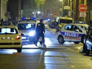Paris'te rehine krizi: 2 ölü