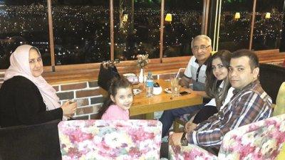 Kenanlar Ailesi Akyokuş Cafe'de