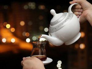 'Sahurda demli çay gün boyu susuz bırakıyor'