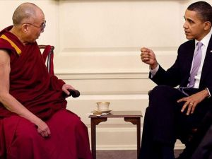 'Obama Tibet konusundaki sözleriyle ters düşmektedir'
