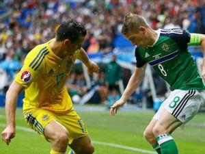 Kuzey İrlanda, Ukrayna'yı 2 golle geçti
