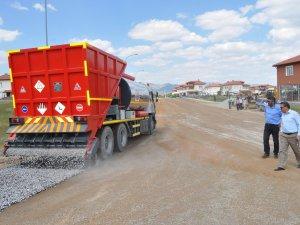 Seydişehir Belediyesi'ne asfalt dökme aracı