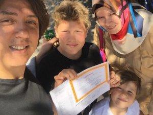 Ercan ailesinde karne heyecanı