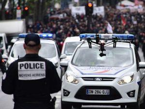 Fransa'da sendikalara sorumluluk çağrısı