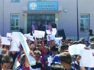 Meram Sefaköy İlkokulu eğitimde başarısını onaylattı