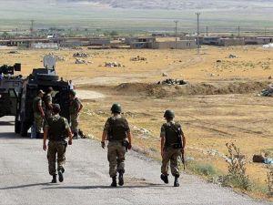 Hakkari'de güvenlik güçlerine saldıran PKK'lı etkisiz hale getirildi