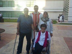 Mustafa Sayı üniversiteyi derece ile bitirdi