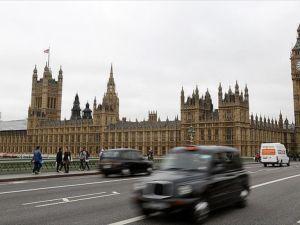 İngiltere'de AB referandumu için oy verme işlemi başladı