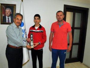 Boks'ta Akşehir'in büyük başarısı
