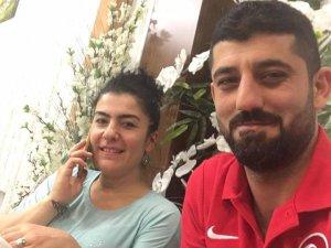Osman ve İffet Baharoğlu çifti Elit Pastanesinde