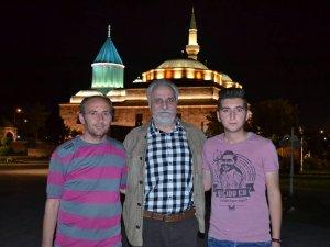 Karakuş ailesi Hasan Kaçan ile birarada