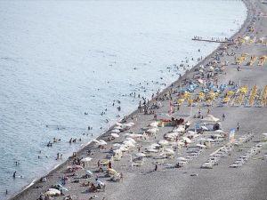 Antalya sahillerinde canlılık başladı
