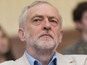 'Brexit' kararının ardından gölge kabineden istifalar başladı
