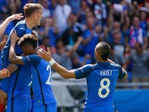 EURO 2016'da Fransa çeyrek finale yükseldi
