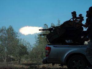 Suriyeli muhaliflere gönderilen silahların karaborsaya düştüğü iddiası