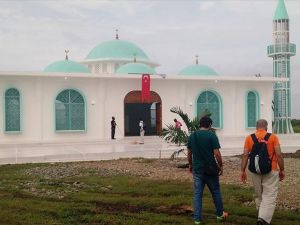 Haiti'nin ilk minareli camisi Boukman Buhara'da ibadete açıldı