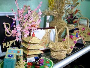 Moğolistan'da buğday sapından 'sanat'