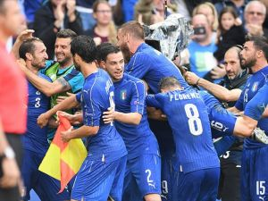 İtalya İspanya'yı turnuva dışına itti