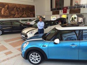 Veli Öncan'ın müthiş otomobil dünyası