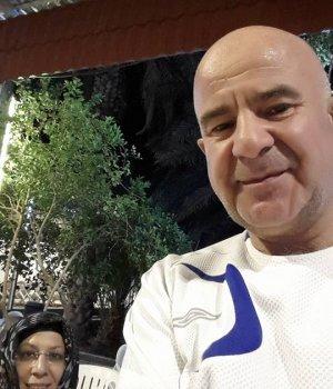 Bülent Fişekçioğlu hoca Medine'de Hurma bahçesinde