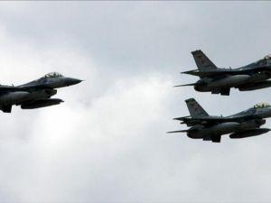 Irak'ın kuzeyine düzenlenen hava harekatında 8 hedef imha edildi
