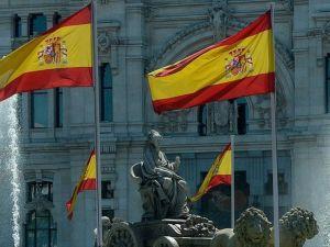 İspanya'da 100 bin kişi iş umuduyla ülkesini terk etti