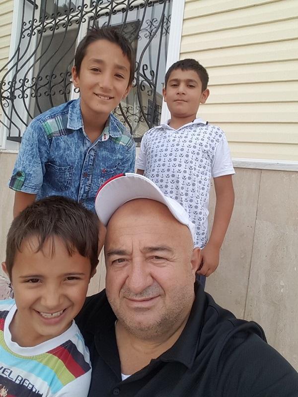 Azman ailesinin yeni hafızları bir arada