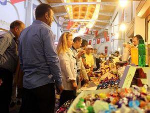 Tarihi Kapalı Çarşı'da bayram heyecanı